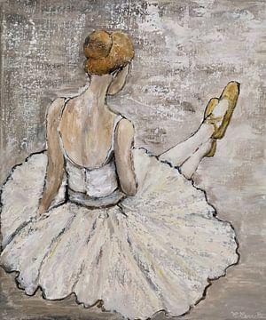 Nadenkende ballerina