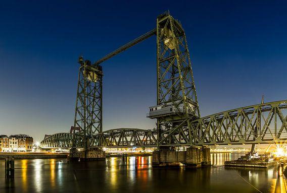 Spoorbrug De Hef tussen Rotterdam-Zuid en het Noordereiland van MS Fotografie