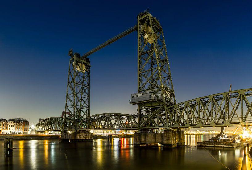 Spoorbrug De Hef tussen Rotterdam-Zuid en het Noordereiland van MS Fotografie | Marc van der Stelt