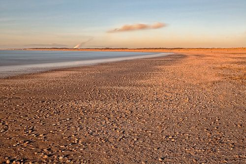 Een koude winterdag op het strand..