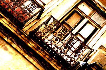 Oud balkon in Instanboel van Sense Photography