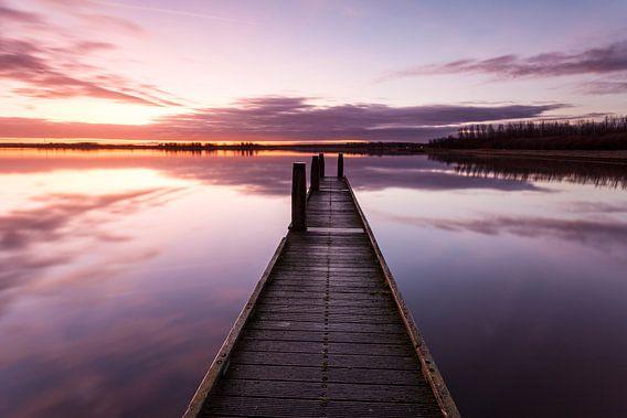 Zonsopkomst aan het Lauwersmeer van Ton Drijfhamer