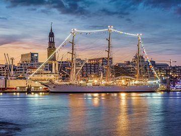 Schulschiff Libertad von Joachim Fischer