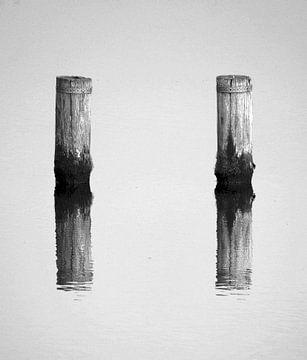 Zwei Pole von Jolanda Kars