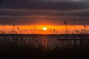 Zonsondergang boven het Gooimeer van