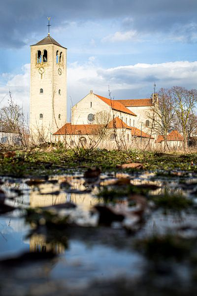 Onze-Lieve-Vrouw-van-Lourdeskerk in Maastricht van Studio Zwartlicht