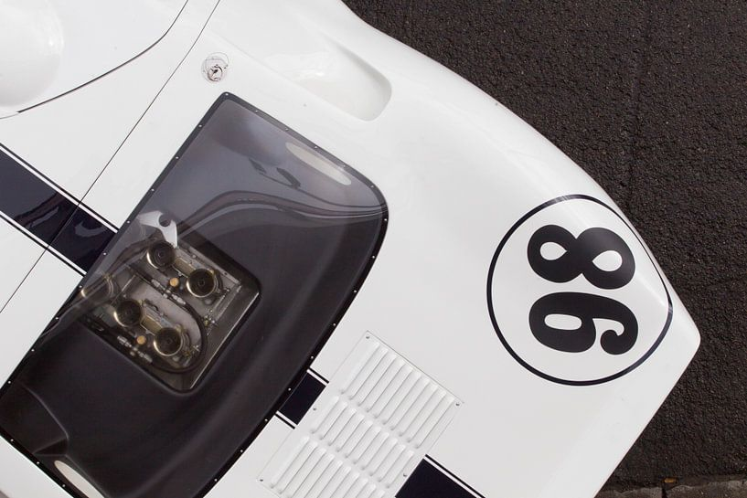 Ford GT40 - Spa Francorchamps 6 Hours van Maurice van den Tillaard