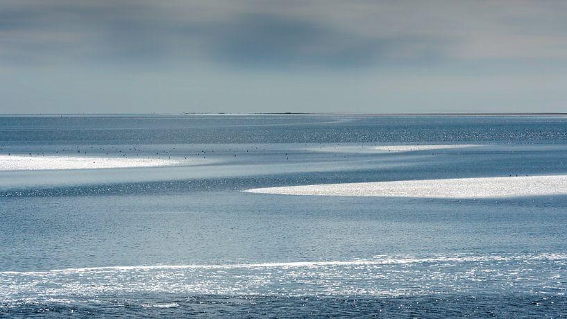 Schitteringen op de Waddenzee van Greetje van Son