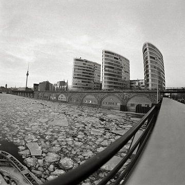 Winter - Jannowitzbrücke - Berlin Mitte van Silva Wischeropp