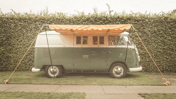 Volkswagen Type 2 (T1) Transporter Kombi of Microbus campervan