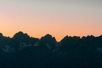 Silhouet van Bergtoppen van Sophia Eerden