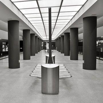 Underground Station Berlin - Brandenburg Gate van Silva Wischeropp