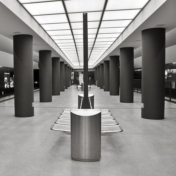U-Bahnhof - Brandenburger Tor - Berlin-Mitte sur Silva Wischeropp
