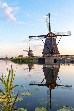 De windmolens in Kinderdijk. van Henk Van Nunen