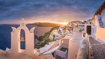 Zonsondergang op Santorini in Griekenland van Fine Art Fotografie