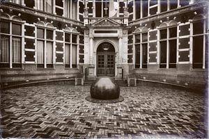 De entree van het Academiegebouw van