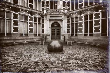 Der Eingang des Academiegebäudes von Jan van der Knaap