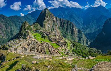 Überblick über die versteckte Stadt Machu Picchu, Peru von Rietje Bulthuis