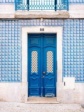 La porte bleue de Lisbonne sur Raisa Zwart