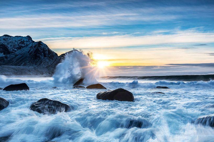 Sunset on the beach van Tilo Grellmann