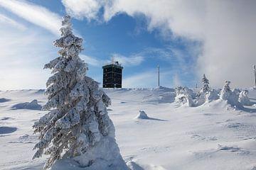 Het weerstation op de Brocken in het Harz gebergte van t.ART