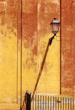 Straßenlaterne in Rom von Rob van Esch