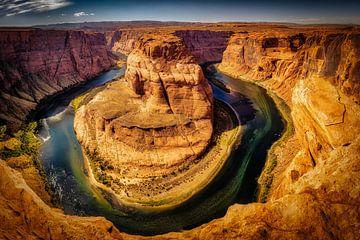 Horseshoe Bend met Colorado rivier in Arizona van Dieter Walther