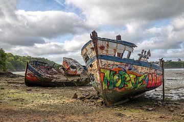 HDR Cimetiere ein bateaux scheepskerkhof in Frankreich von W J Kok
