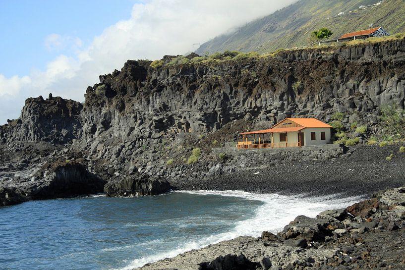 Kustlijn van La Palma van Jolanta Mayerberg