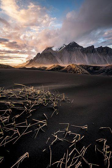 Black beach mountain view