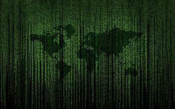Matrixcode auf einem Bildschirm mit der Erde im Hintergrund