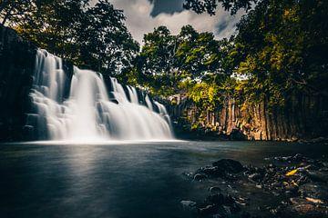 Rochester waterval op Mauritius - lange blootstelling van Fotos by Jan Wehnert