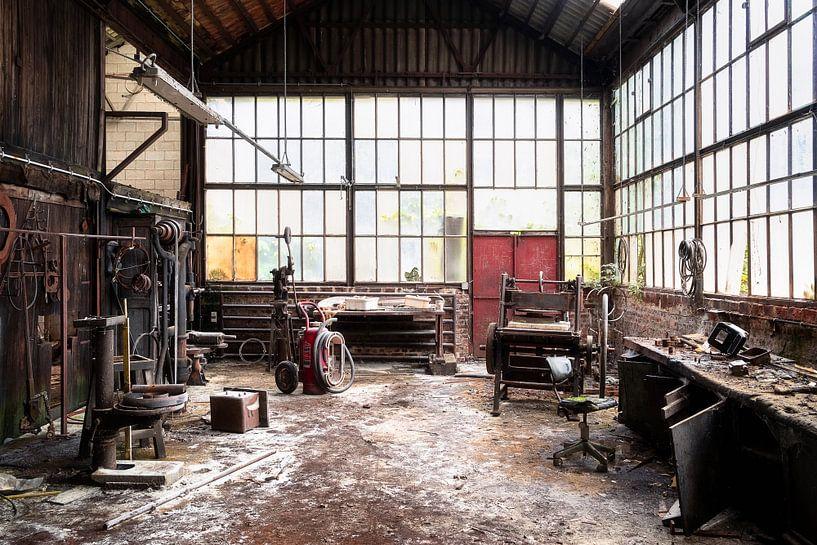 Verlaten Werkplek in Verval. van Roman Robroek