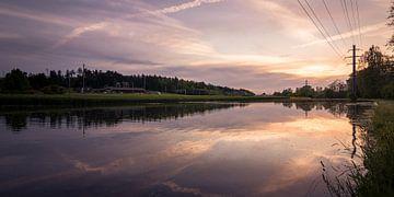 Sonnenuntergang mit Spiegelung sur Severin Pomsel