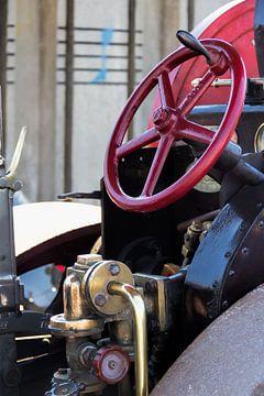 Verschiedene Teile einer Dampfmaschine in Nahaufnahme. 3 von Christophe Fruyt