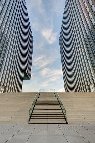 Moderne architectuur in Düsseldorf van Michael Valjak