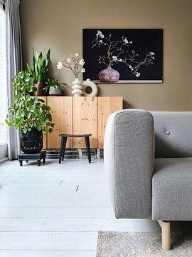 Klantfoto: magnolia  in vaas van Klaartje Majoor