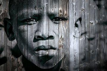 Mixed art portret van Afrikaans kind in zwart wit/lichte kleur van Heleen van de Ven