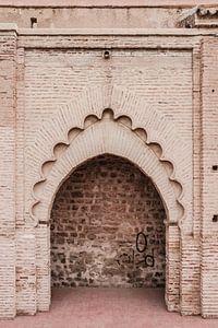 Poort in de Medina van Marrakesh van
