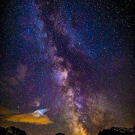 Centre galactique au-dessus des montagnes sur Maurice Haak