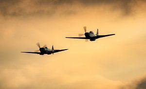 P51 Mustangs im Sonnenuntergang von Stefano Scoop