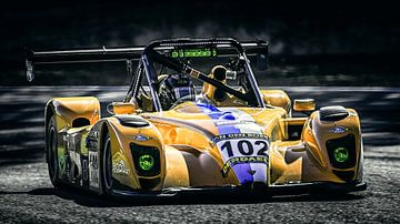 Yellow Radical 102 von Nildo Scoop