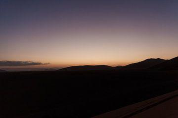 Ochtendgloren in Namibië van Simone Janssen