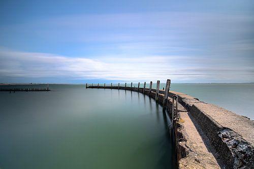 Verlaten werk haven in Grevelingen meer, Zeeland