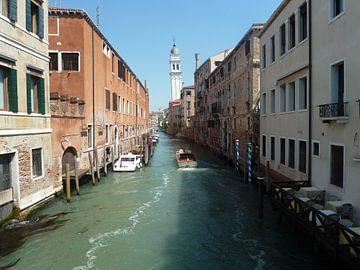 Canal Venice Italy van Dionijsius Horik