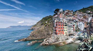 Riomaggiore, Cinque Terre, Italy. van Hille Bouma