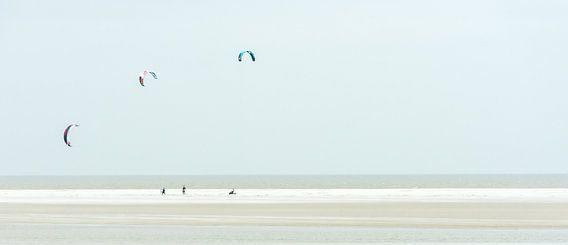 Playing the wind, Kitesurfen.
