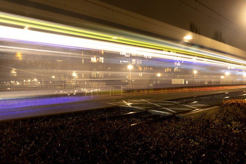 Light trail tram van Eline Molier