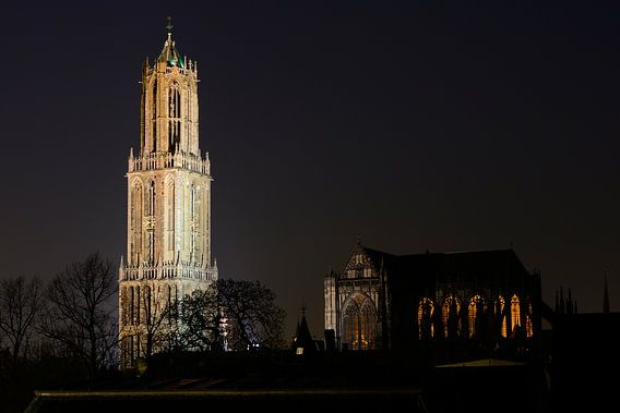 Domtoren en Domkerk in Utrecht  van Donker Utrecht