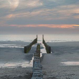 Zeeland strand golfbreker 10 van